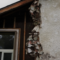 How dangerous is Asbestos and how do you remove it?